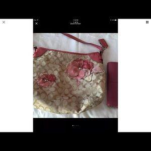 Feminine coach bag and wallet so pretty